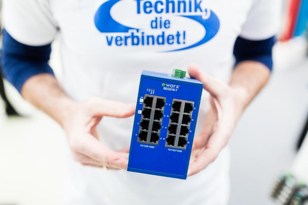 bellequip-netzwerktechnik-industrie-switch